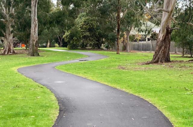 Thomas Street walking path